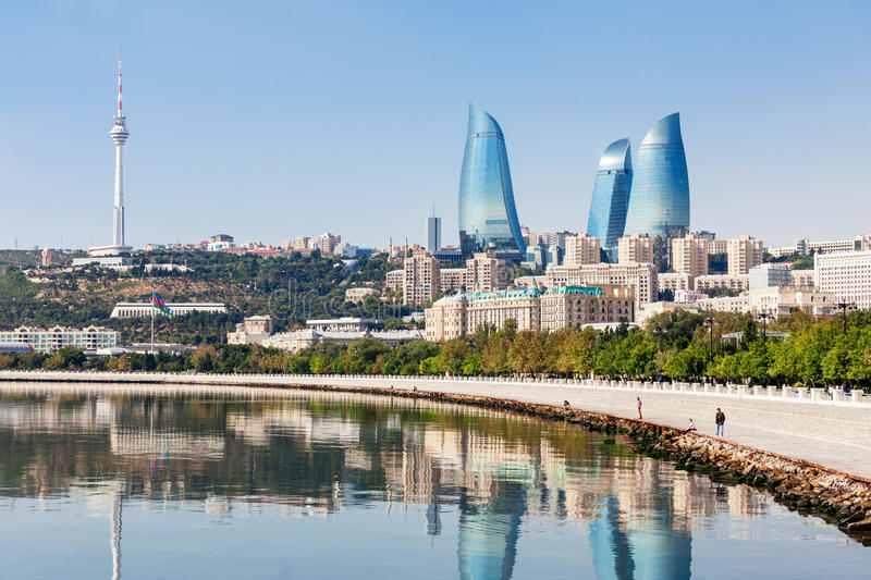 «Пламенные башни» — высочайшие здания в Баку