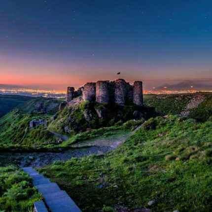 Крепость Амберд на горе Арагац