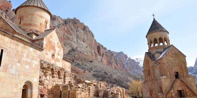 армения, монастырь нораванк, нораванк, красные скалы армении, достопримечательности армении, туры в армению