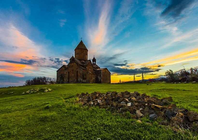 армения, монастырь сагмосаванк, арагац, достопримечательности армении, туры в армению