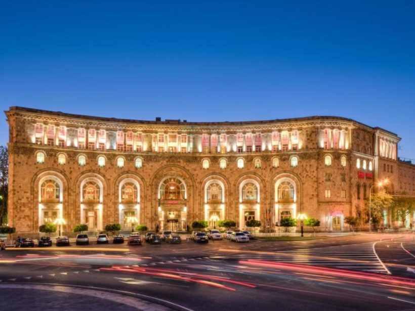 Площадь Республики в Ереване, Армения