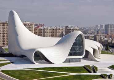 азербайджан, баку, центр гейдара алиева, выставка в баку, туры в ахербайджан, президент азербайджана, заха хадид