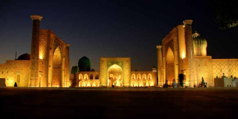 Самарканд ночью, Памятник, узбекистан, ташкент, самарканд, Бухара шелковый путь, туры в узбекистан