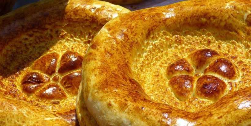 Традиционный узбекский хлеб