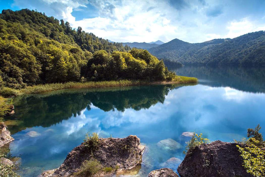 Гёйгёль. Это настоящая маленькая Германия, расположенная в одном из самых живописных уголков Азербайджана.