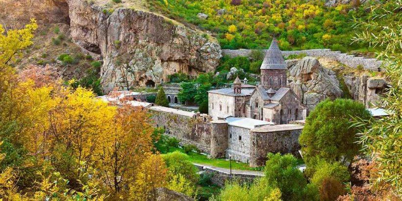 армения, гегард, скальный монастырь, копье христа, гарни, святыни армении, туры в армению