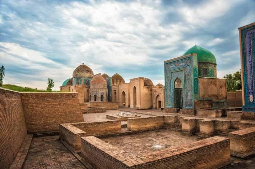 Архитектурный комплекс Шахи Зинда в Самарканде, Узбекистан
