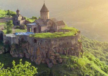 армения, татев, монастырь татев, крылья татев, канатная дорога татев, достопримечательности, экскурсии по армении, туры в армению
